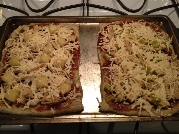 Vegan BBQ Chick'n Pizza